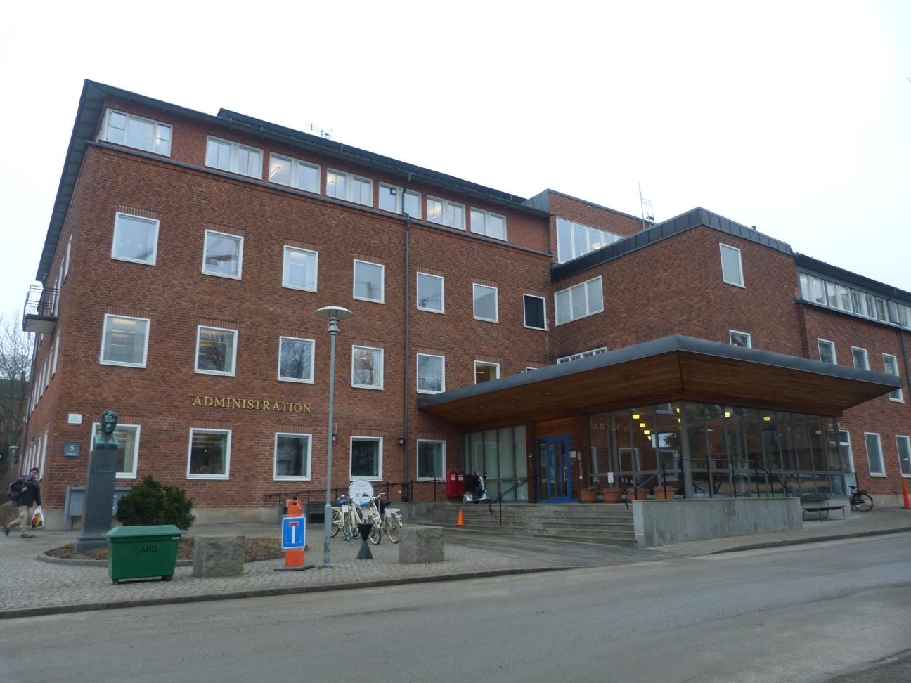 dissertations from karolinska institutet Karolinska institutet utbildning: -responsible for planning dissertations kontakta kimberly andersson direkt.