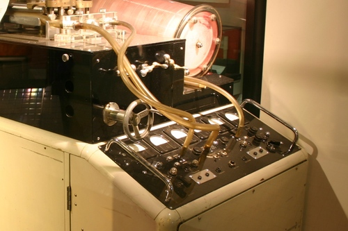 Heart-Lung%20machine%201958%2C%20Science%20Museum%2C%20London%20-%2002.JPG