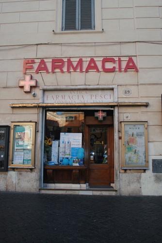 Antica%20Farmacia%20Pesci%2022.JPG