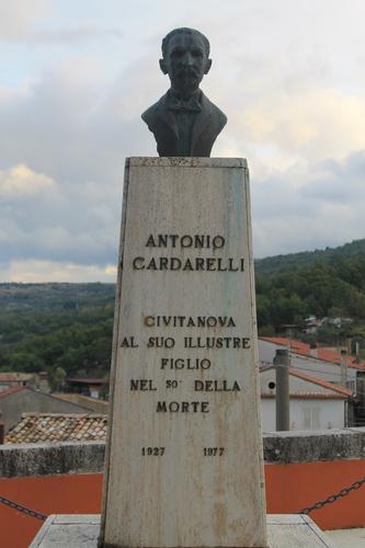 Antonio%20Cardarelli%27s%20Bust%2C%20Civitanova%20del%20Sannio%20-%2002.jpg