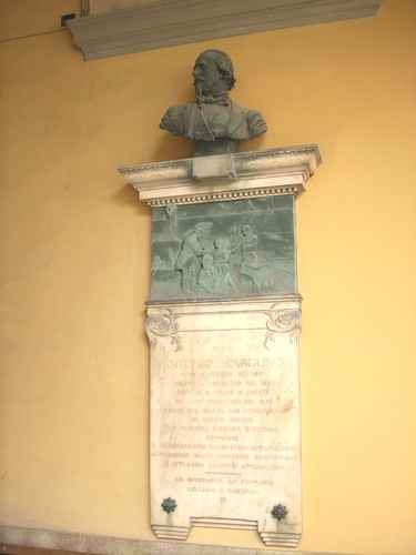 Antonio%20Quaglino%20memorial%20tablet%2C%20University%2C%20Pavia%20-%2001.jpg