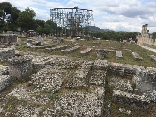 Temple%20of%20Asclepius%2C%20Epidaurus%20%283%29.jpg