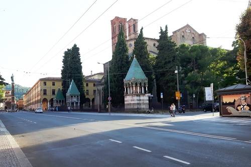 Basilica%20di%20San%20Francesco%2C%20Bologna%20-%2003.jpg