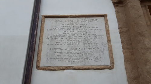 Bernardino%20Ramazzini%27s%20tomb%2C%20Padua%20-%2003.jpg