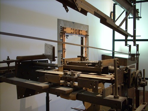 Brain%20slicing%20machine%2C%20Museum%20Dr%20Guislain%2C%20Gand%20-%2002.JPG