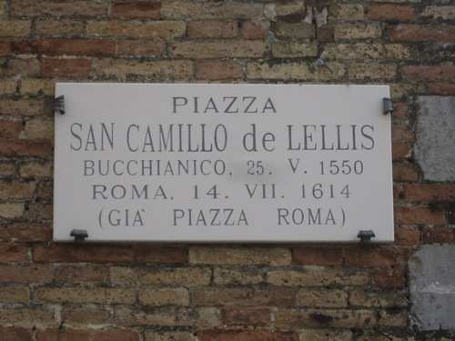 St.%20Camillus%20de%20Lellis%27%20church%20and%20museum%2C%20Bucchianico%20%283%29.JPG