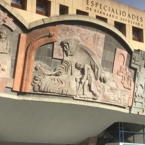 Centro%20M%C3%A9dico%20Nacional%20Siglo%20XXI%2C%20Mexico%20City%20%28by%20Victor%20Tambone%29%20-%2012.JPG