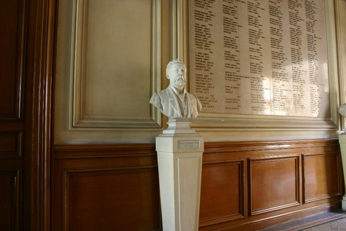 Charles%20Chamberland%27s%20bust%2C%20Institut%20Pasteur%20-%2001.JPG