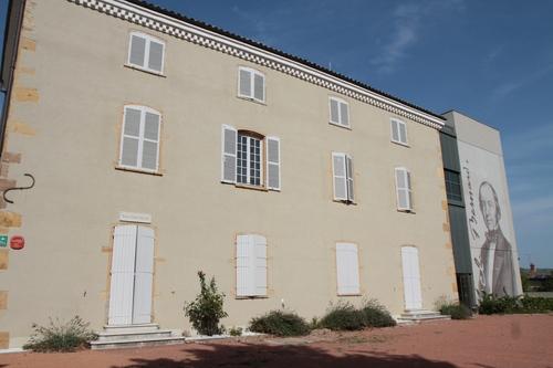 Claude%20Bernard%27s%20home-museum%2C%20Saint-Julien%20-%2002.JPG