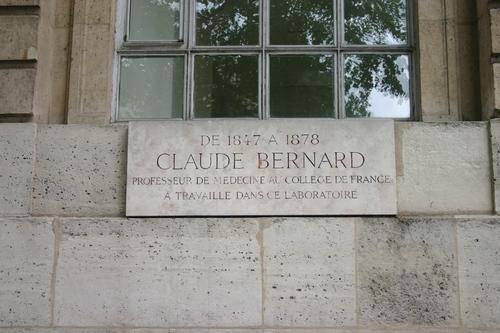 Claude%20Bernard%27s%20laboratory%20memorial%20tablet%2C%20College%20de%20France%2C%20Paris%20%282%29.JPG