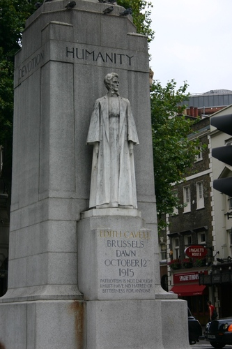 Edith%20Cavell%20monument%2C%20London%20-%2004.JPG