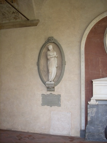 Florence%20Nightingale%20monument%2C%20Santa%20Croce%27s%20cloister%2C%20Florence%20-%202.jpg