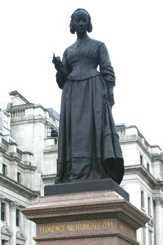 Florence%20Nightingale%2C%20Crimean%20War%20Memorial%2C%20London%20-%2005.JPG
