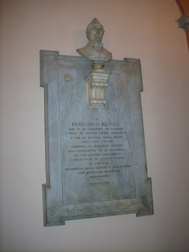 Francesco%20Rizzoli%27s%20monument%2C%20University%2C%20Bologna%20-%2001.jpg