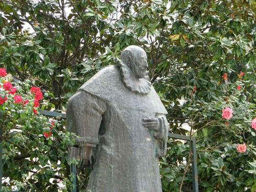 Francisco%20Sanches%27%20monument%2C%20Braga%2C%20Portugal%20-%2004.JPG