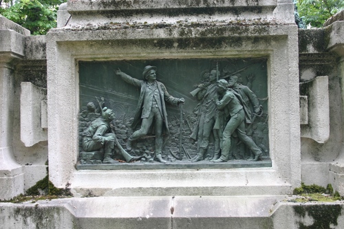 Fran%C3%A7ois-Vincent%20Raspail%27s%20mutilated%20monument%2C%20Paris%20%284%29.JPG
