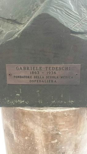Gabriele%20Tedeschi%27s%20bust%20%282%29-.jpg