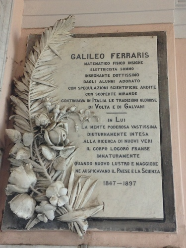 Galileo%20Ferraris%27%20tomb-01