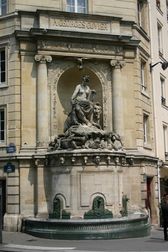 Georges%20Cuvier%27s%20fountain%2C%20Paris%20-%2002.JPG