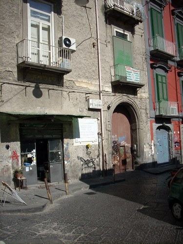 Giuseppe%20Moscati%27s%20home%2C%20Naples%20-%2003.JPG