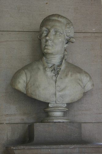 Antoine%20Lavoisier%2C%20Grand%20Hall%2C%20Universit%C3%A9%20Paris%20Descartes%2C%20Paris%20%281%29.JPG