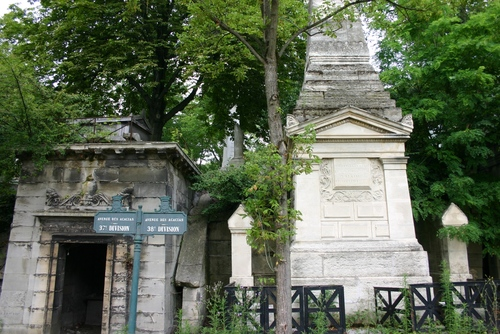 Guillaume%20Dupuytren%27s%20tomb%2C%20Pere%20Lachaise%20Cemetery%2C%20Paris%20%281%29.JPG