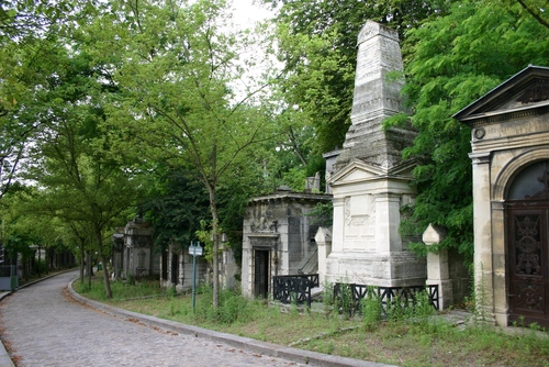 Guillaume%20Dupuytren%27s%20tomb%2C%20Pere%20Lachaise%20Cemetery%2C%20Paris%20%282%29.JPG
