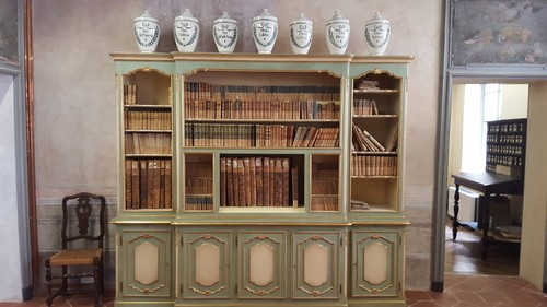 Historical%20Section%20of%20the%20Public%20Library%20Sacharov%20in%20Saluzzo%20-%2001.jpg