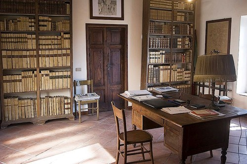 Historical%20Section%20of%20the%20Public%20Library%20Sacharov%20in%20Saluzzo%20-%2002.jpg