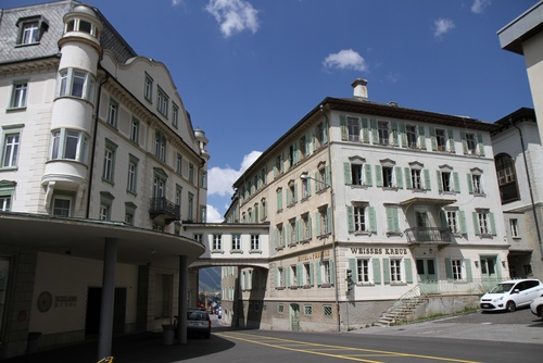 Hotel%20Weisses%20Kreuz%2C%20Pontresina%20-%20006.JPG