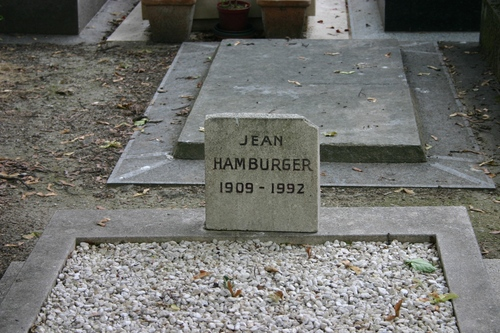Jean%20Hamburger%27s%20tomb%2C%20Montmartre%20Cemetery%2C%20Paris%20-%2003.JPG