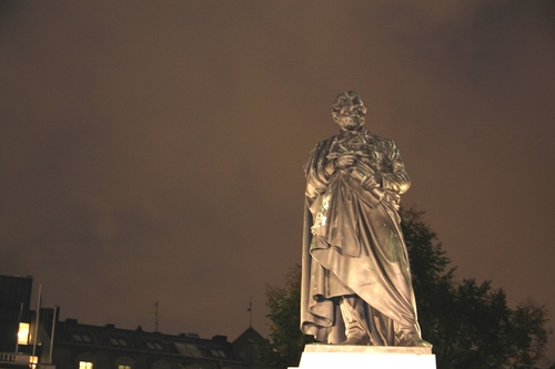 J%C3%B6ns%20Jacob%20Berzelius%27%20monument%2C%20Stockholm%20-%2003.jpg