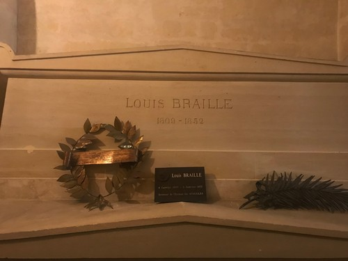 Louis%20Bralle%27s%20tomb%20Paris%20%281%29.JPG
