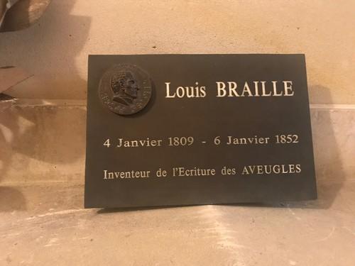 Louise%20Braille%27s%20tomb%20Paris%20%282%29.JPG