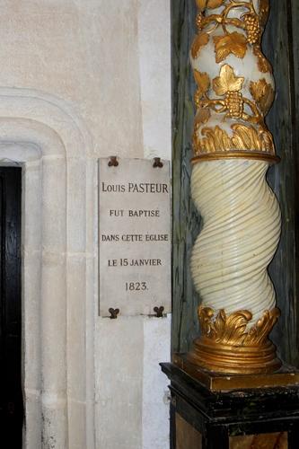 Louis%20Pasteur%27s%20baptismal%20font%2C%20Dole%20-%2004.JPG