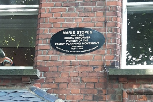 Marie%20Stopes%27%20home%2C%20Hampstead%2C%20London%20-%2003.jpg