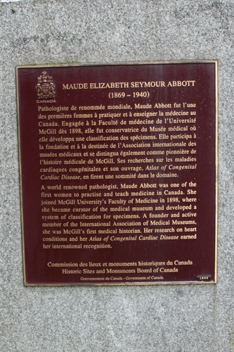 Maude%20Abbott%27s%20memorial%20tablet%2C%20McGill%20University%2C%20Montreal%20-%2003.JPG