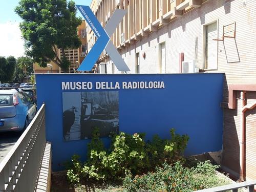 Museo%20della%20Radiologia%2C%20Palermo%20-%2003.jpg