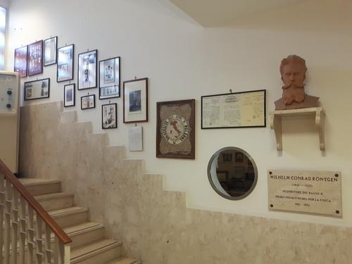 Museo%20della%20Radiologia%2C%20Palermo%20-%2006.jpg