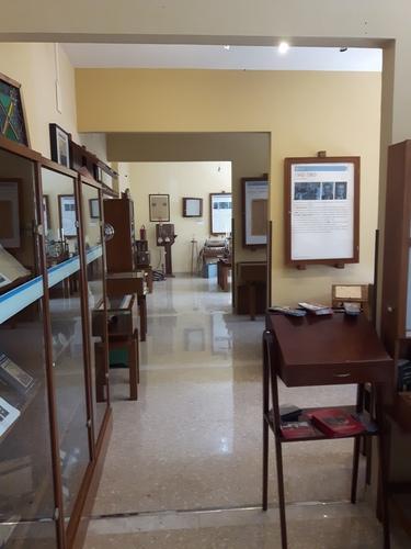 Museo%20della%20Radiologia%2C%20Palermo%20-%2009.jpg