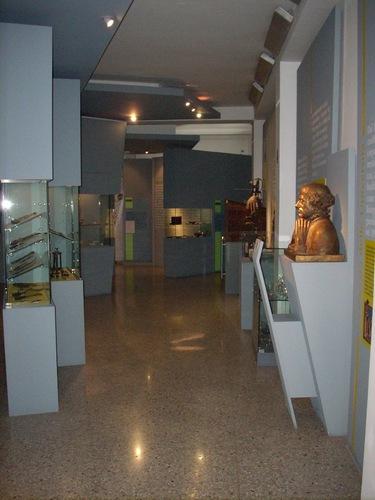 Museo%20di%20Storia%20della%20Medicina%2C%20La%20Sapienza%2C%20Rome%20-%2009.JPG
