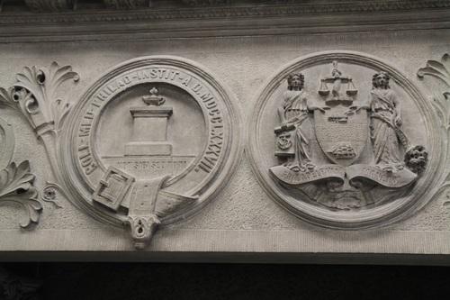 Memorial_Chimney_Piece_College_of_Physicians_of_Philadelphia_3.jpg