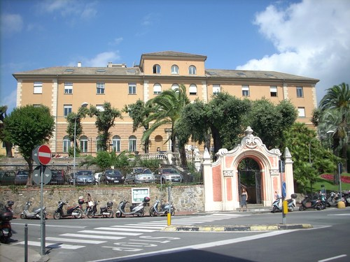 old%20Civic%20Hospital%2C%20Rapallo%2C%20Italy%20-%2002.JPG