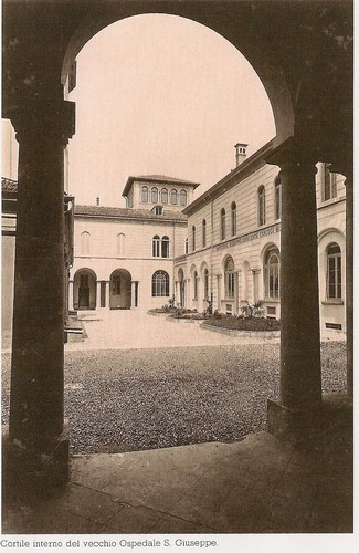 The%20old%20cloister.jpg