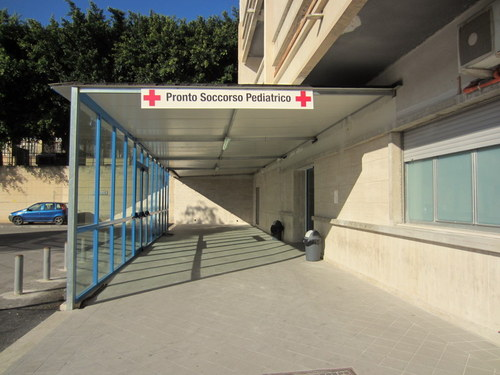 Hospital%20departments%286%29.JPG