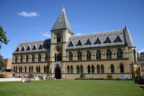 Oxford%20University%20Museum%20of%20Natural%20History%2C%20Oxford%2C%20UK%20-%2001.JPG