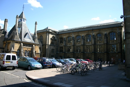 Oxford%20University%20Museum%20of%20Natural%20History%2C%20Oxford%2C%20UK%20-%2003.JPG