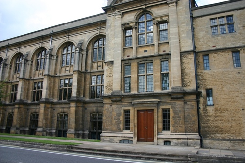 Oxford%20University%20Museum%20of%20Natural%20History%2C%20Oxford%2C%20UK%20-%2004.JPG