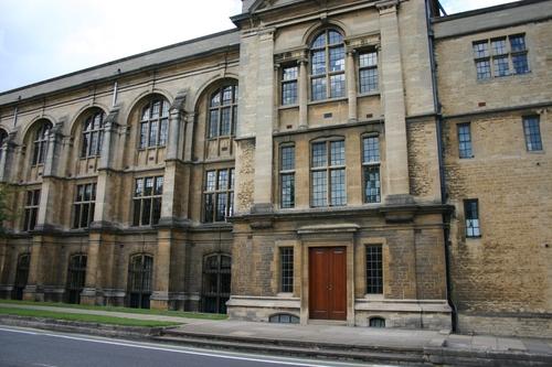 Oxford%20University%20Museum%20of%20Natural%20History%2C%20Oxford%2C%20UK%20-%2004.JPG