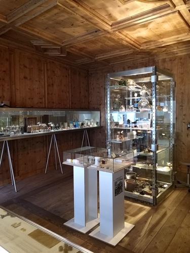 Pharmaziemuseum%20-%20Museo%20della%20farmacia%20-1.JPG